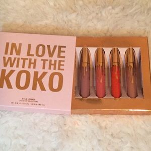 In Live With Koko Lipstick Set